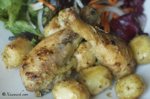 Roasted Chicken Drumsticks (Lugo Digaag La-foorneeyay) دجاج محمر بالفرن