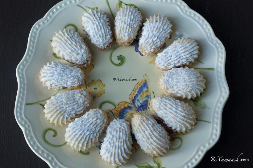 Sandwich Cookies (Buskud Lamaane) Biscuits Sandwich / Spritz بيتي ...